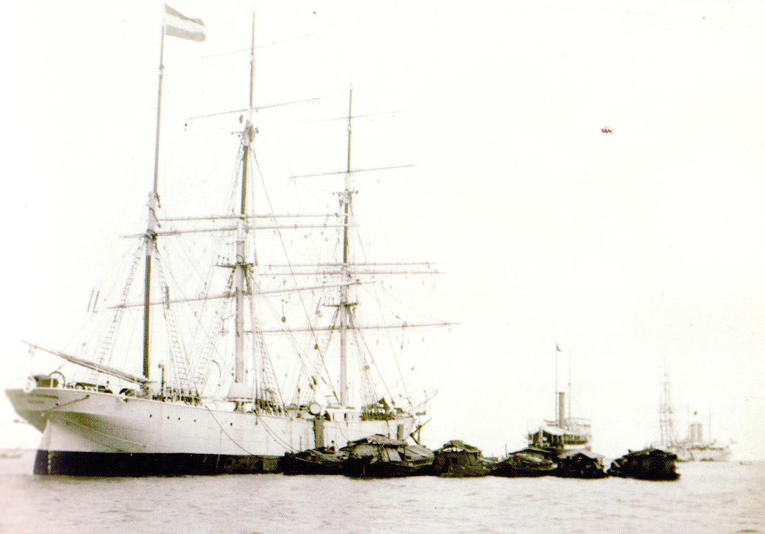 Ship: Henriette Haasmann loading the Batavia Arrack